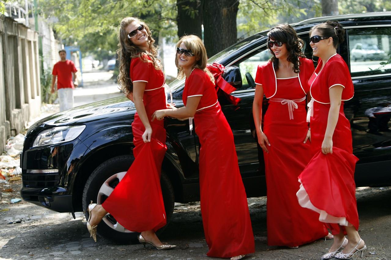 Sukienki maxi. Długość jest w modzie