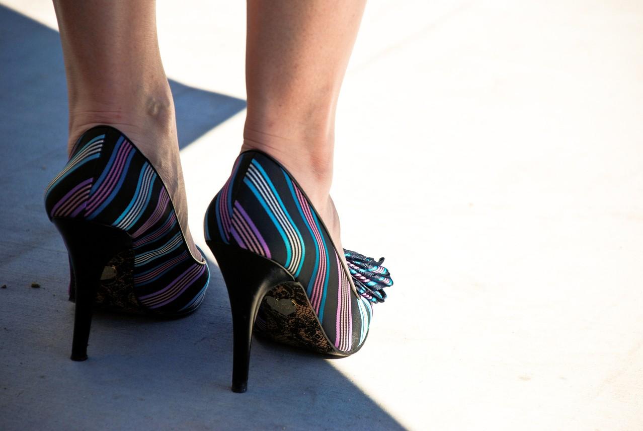 Kolorowe kreacje Katy Perry